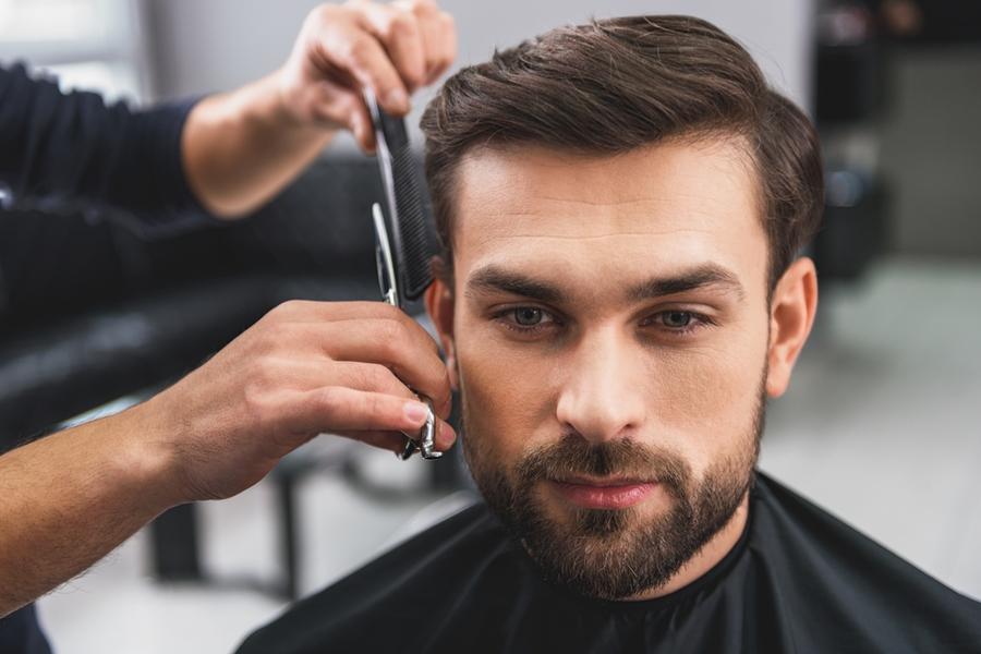 Corte de pelo para un hombre